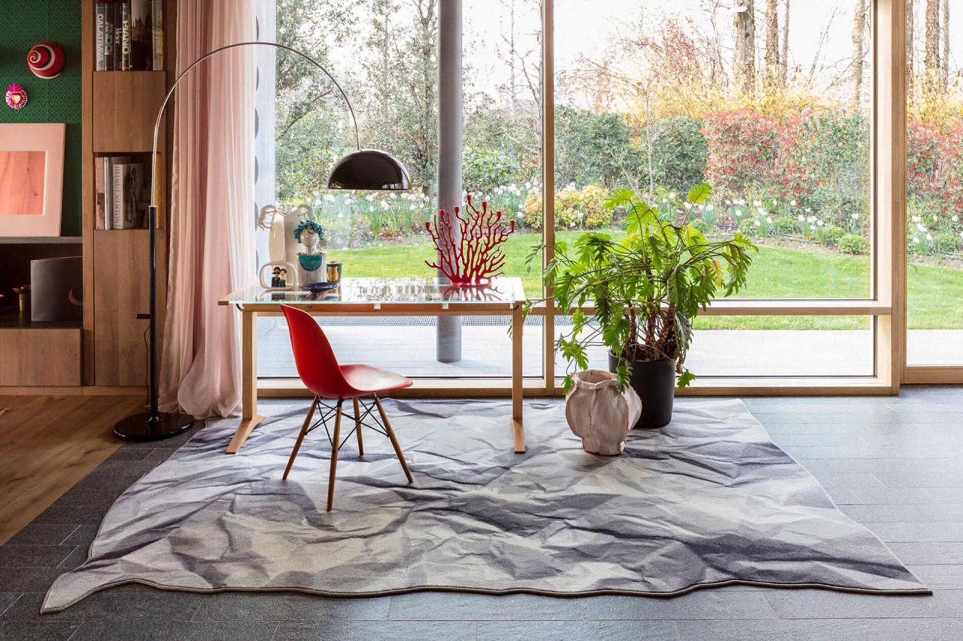 mogg rugs neversaid header 1280x853 1 - Progetti